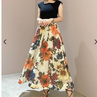 Lily Brown - リリーブラウン ボタニカルフラワースカート