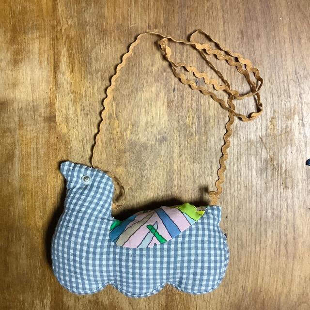 mina perhonen(ミナペルホネン)のミナペルホネン トリさんポシェット キッズ/ベビー/マタニティのこども用バッグ(ポシェット)の商品写真