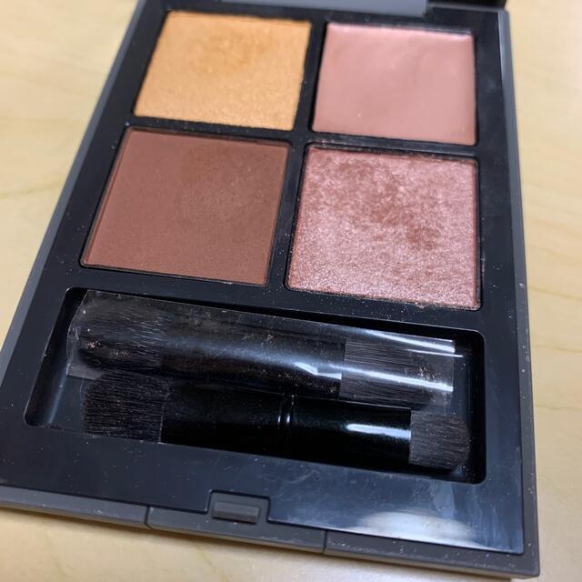THREE(スリー)のTHREE ディメンショナルビジョンアイパレット06 コスメ/美容のベースメイク/化粧品(アイシャドウ)の商品写真