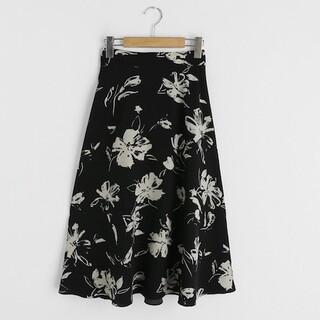 dholic - (新品未使用)ディーホリック(DHOLIC) ♡ フラワーパターンフレアスカート