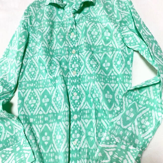 TOMORROWLAND - 特別価格 柄シャツ プリントシャツ カラーシャツ グリーン