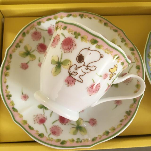 SNOOPY(スヌーピー)のスヌーピー  カップ&ソーサー 2客 インテリア/住まい/日用品のキッチン/食器(食器)の商品写真