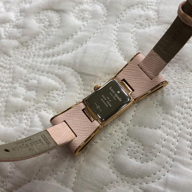 kate spade new york(ケイトスペードニューヨーク)のkate spade ケイトスペード リボン ピンク 時計 レディースのファッション小物(腕時計)の商品写真