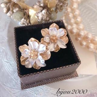 ZARA - *再々入荷* double flower pierce