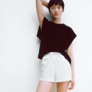 ZARA - ZARA Tシャツ 美品 2枚セット
