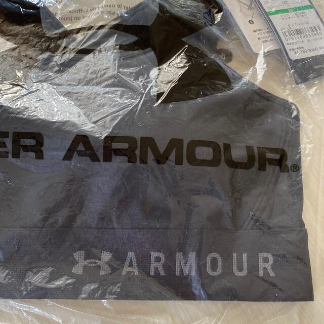 UNDER ARMOUR(アンダーアーマー)のUNDER ARMOUR ♡ スポーツブラ ミッドインパクト  スポーツ/アウトドアのトレーニング/エクササイズ(トレーニング用品)の商品写真