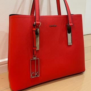 カルバンクライン(Calvin Klein)のCalvin Klein カルバンクライン 赤 バッグ カバン ショルダーバッグ(ショルダーバッグ)