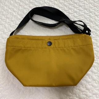 ユニクロ(UNIQLO)のUNIQLO ユニクロ ナイロンミニショルダーバッグ マスタード色(ショルダーバッグ)