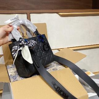 Dior - 値下げができる!lady Dior レオディオが妃を戴いた新作のスクラブシ