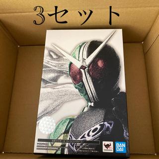 バンダイ(BANDAI)のS.H.Figuarts 真骨彫 仮面ライダーW サイクロンジョーカー 3体(特撮)