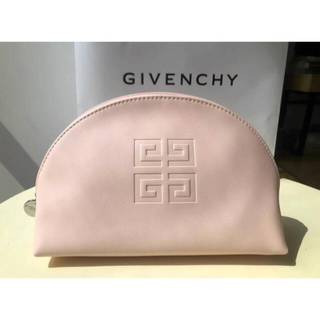 GIVENCHY - GIVENCHY ミニポーチ ピンク💓USED品。限定。