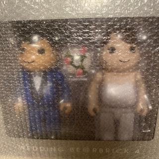 メディコムトイ(MEDICOM TOY)のBE@RBRICK グリーティング結婚 4 PLUS 400% +100%(その他)