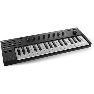 Komplete M32 MIDIキーボード(MIDIコントローラー)