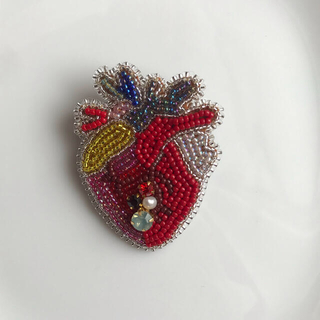 コラゾン ブローチ 心臓 ビーズ刺繍 ¥1999