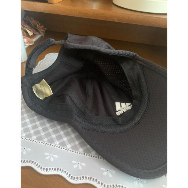 adidas(アディダス)の【お買得】 フリーサイズ adidas テニスウェア キャップ(帽子) スポーツ/アウトドアのテニス(ウェア)の商品写真