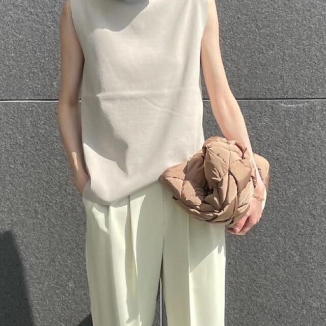 Mila Owen(ミラオーウェン)のMila Owen 肩タックフレアニットプルオーバー ノースリーブノースリニット レディースのトップス(ニット/セーター)の商品写真