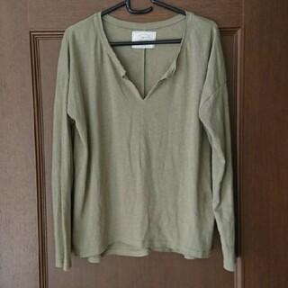 アングリッド(Ungrid)のUngrid カーキ トップス ロンT(Tシャツ(長袖/七分))