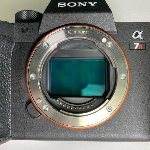 SONY(ソニー)の【美品】ソニー α7R4(ILCE-7RM) デジタル一眼カメラ スマホ/家電/カメラのカメラ(ミラーレス一眼)の商品写真