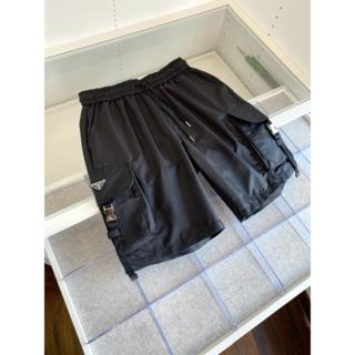 PRADA - PRADA メンズ Re Nylon ショートパンツ 黒