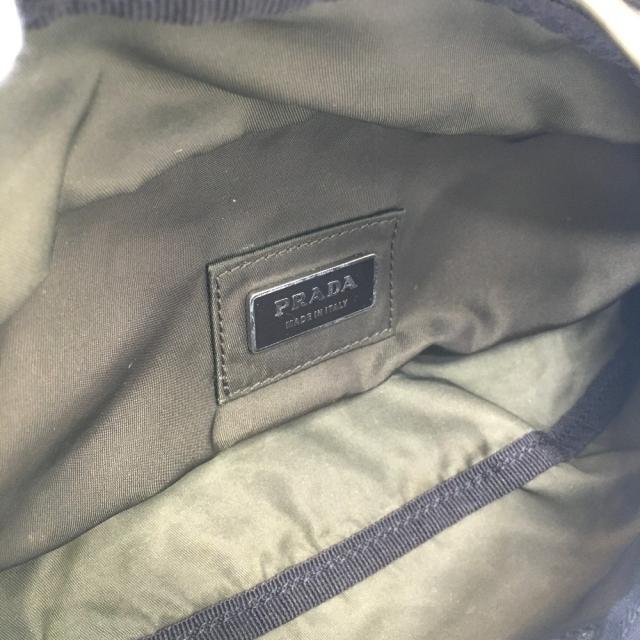 PRADA(プラダ)のプラダ 2VL132 三角プレート コミック ボディバッグ ウエストバッグ メンズのバッグ(ウエストポーチ)の商品写真