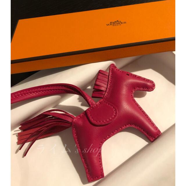 Hermes(エルメス)の【新品未使用】HERMES ロデオPM ローズメキシコ ハンドメイドのファッション小物(バッグチャーム)の商品写真