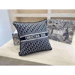 Christian Dior - 美品 Christian Dior 抱き枕