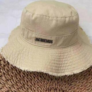 JACQUEMUS large brim bucket hat