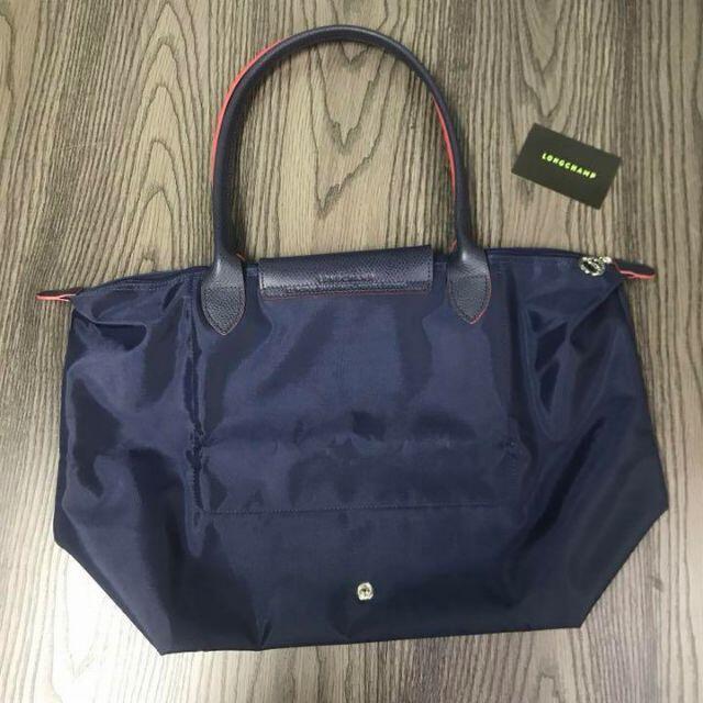LONGCHAMP(ロンシャン)のLONGCHAMP Lサイズ プリアージュ 70周年 トートバッグ ネイビー レディースのバッグ(トートバッグ)の商品写真