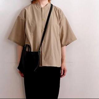 ムジルシリョウヒン(MUJI (無印良品))の✳︎新品未使用、タグ付き✳︎風を通すスタンドカラー半袖(Tシャツ/カットソー(半袖/袖なし))
