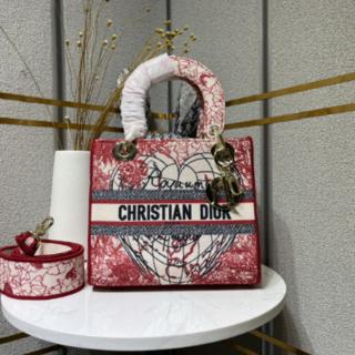 Dior - 【新品】LADY D-LITE ミディアムバッグ