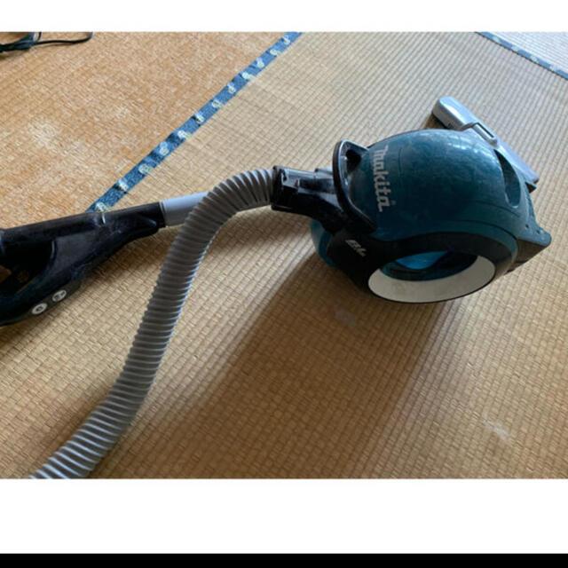 Makita(マキタ)のマキタ サイクロンクリーナー スマホ/家電/カメラの生活家電(掃除機)の商品写真
