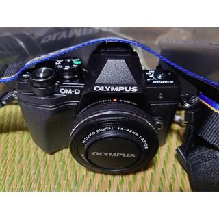 OLYMPUS - OM-D E-M10 Mark III EZダブルズームキット