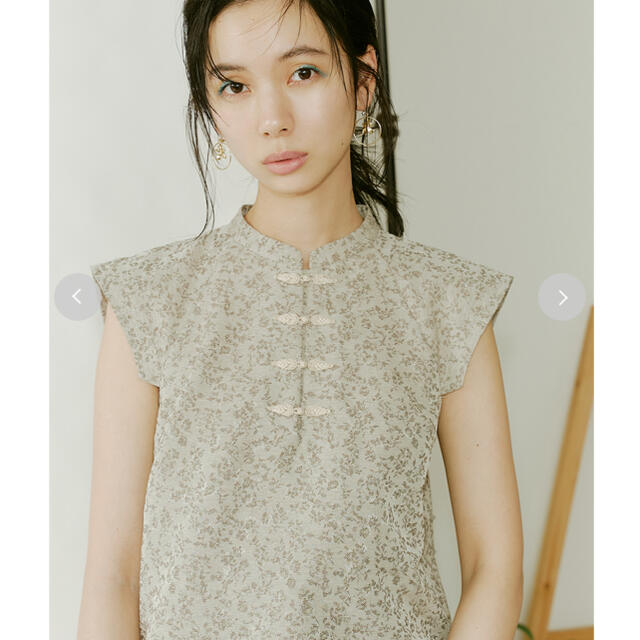 Lily Brown(リリーブラウン)の新品未使用❤︎チャイナシャツボタンブラウス レディースのトップス(シャツ/ブラウス(長袖/七分))の商品写真