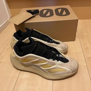 アディダス(adidas)のYEEZYBOOST 700V3(スニーカー)