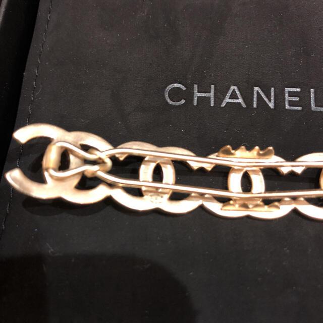 CHANEL(シャネル)のCHANEL シャネル バレッタ レディースのヘアアクセサリー(バレッタ/ヘアクリップ)の商品写真
