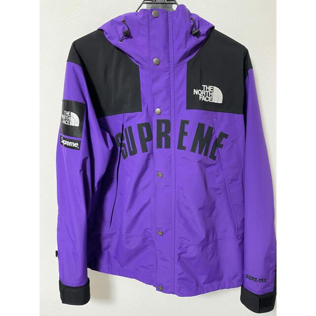 Supreme(シュプリーム)のSupreme THE NORTH FACE Arc Logo Purple M メンズのジャケット/アウター(マウンテンパーカー)の商品写真