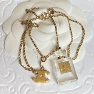 シャネル(CHANEL)のシャネル❤香水とココマークのネックレス(ネックレス)