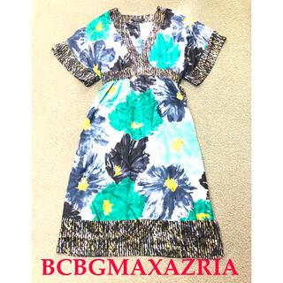ビーシービージーマックスアズリア(BCBGMAXAZRIA)の美品 BCBGMAXAZRIA 柄ワンピース シルク100%(ひざ丈ワンピース)