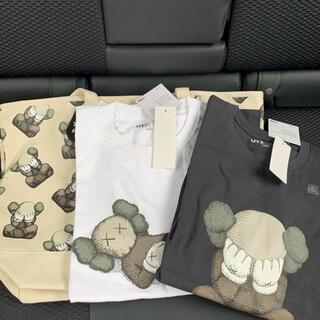 UNIQLO - ユニクロ カウズ KAWS  UNIQLO Tシャツ Lサイズ トートバッグ