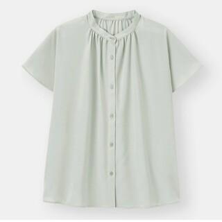 GU - GU【新品タグ付】エアリーバンドカラーシャツ(半袖)ライトブルー