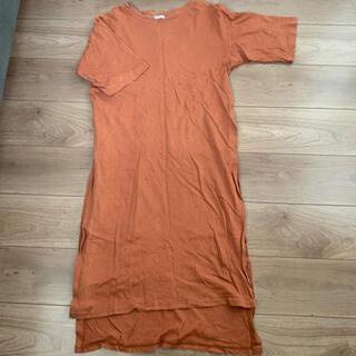 GU - GU ロングスリットTシャツ Mサイズ