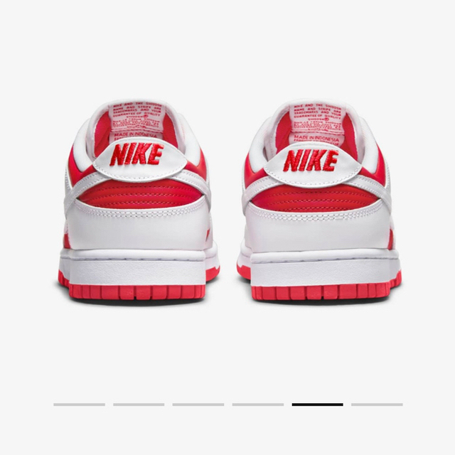 NIKE(ナイキ)のNIKE DUNK LOW Championship Red 27.5cm メンズの靴/シューズ(スニーカー)の商品写真