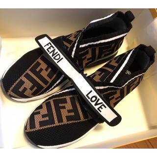 フェンディ(FENDI)のFENDI 靴(スニーカー)