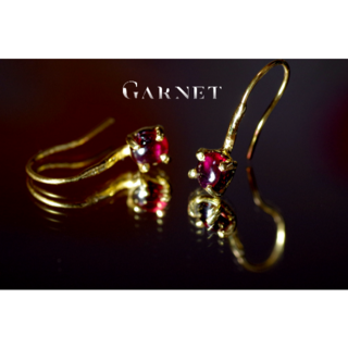 OUTLET**New『Garnet』世界でひとつの天然石ピアスs925+22k