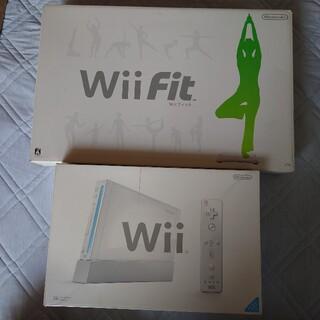 任天堂 - Wii本体 & Wii Fitボード・ソフト