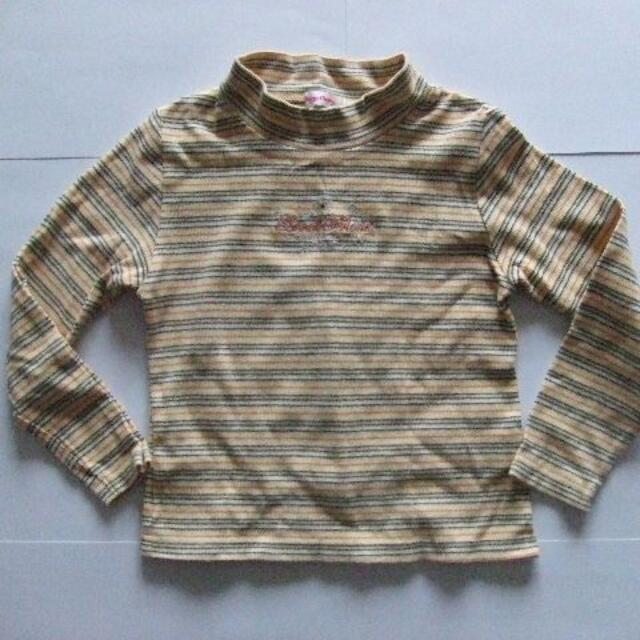 130 冬物 長袖 Tシャツ 黄色 ボーダー 女の子  キッズ/ベビー/マタニティのキッズ服女の子用(90cm~)(Tシャツ/カットソー)の商品写真