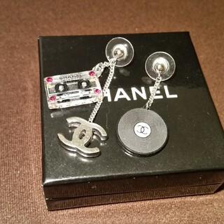 CHANEL - 希少品 レコード カセットテープ ピアス