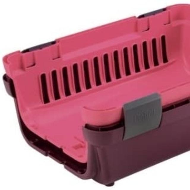 ペットキャリー  ピンク ラスト1つ その他のペット用品(かご/ケージ)の商品写真