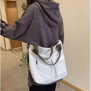 ⭐️新品⭐️人気 ショルダーバッグ キャンバス 韓国 斜めがけ おしゃれ 白