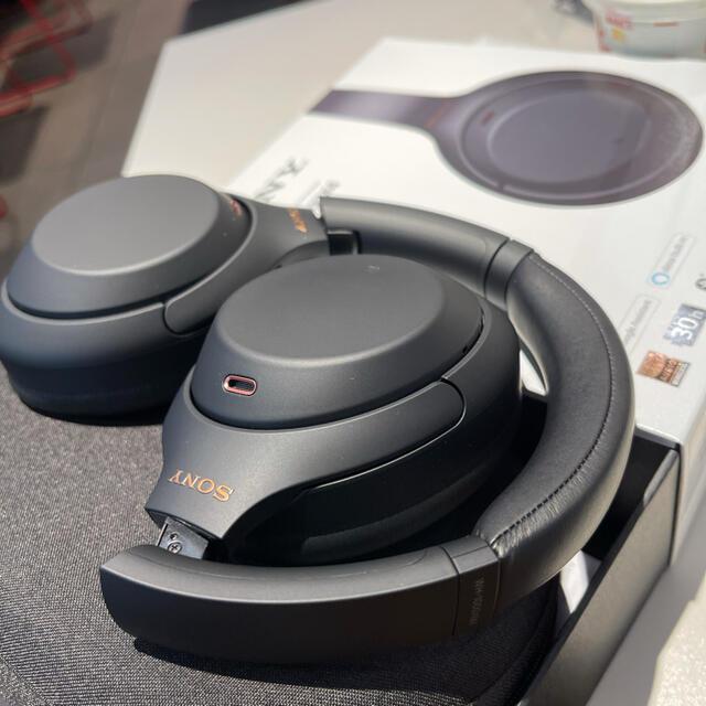 SONY(ソニー)のwh-1000xm4 スマホ/家電/カメラのオーディオ機器(ヘッドフォン/イヤフォン)の商品写真